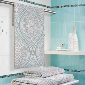Пестротканное махровое полотенце